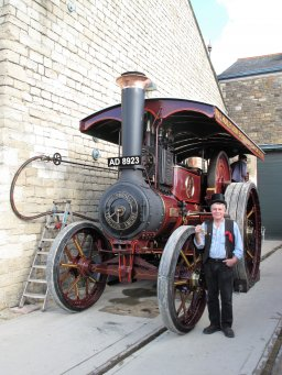 Colin Hatch with his Traction Engine preparing to sound the STEAM Hooter
