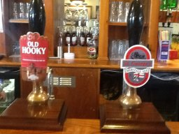 Royal Oak Weston - beer pumps 2014-08-19
