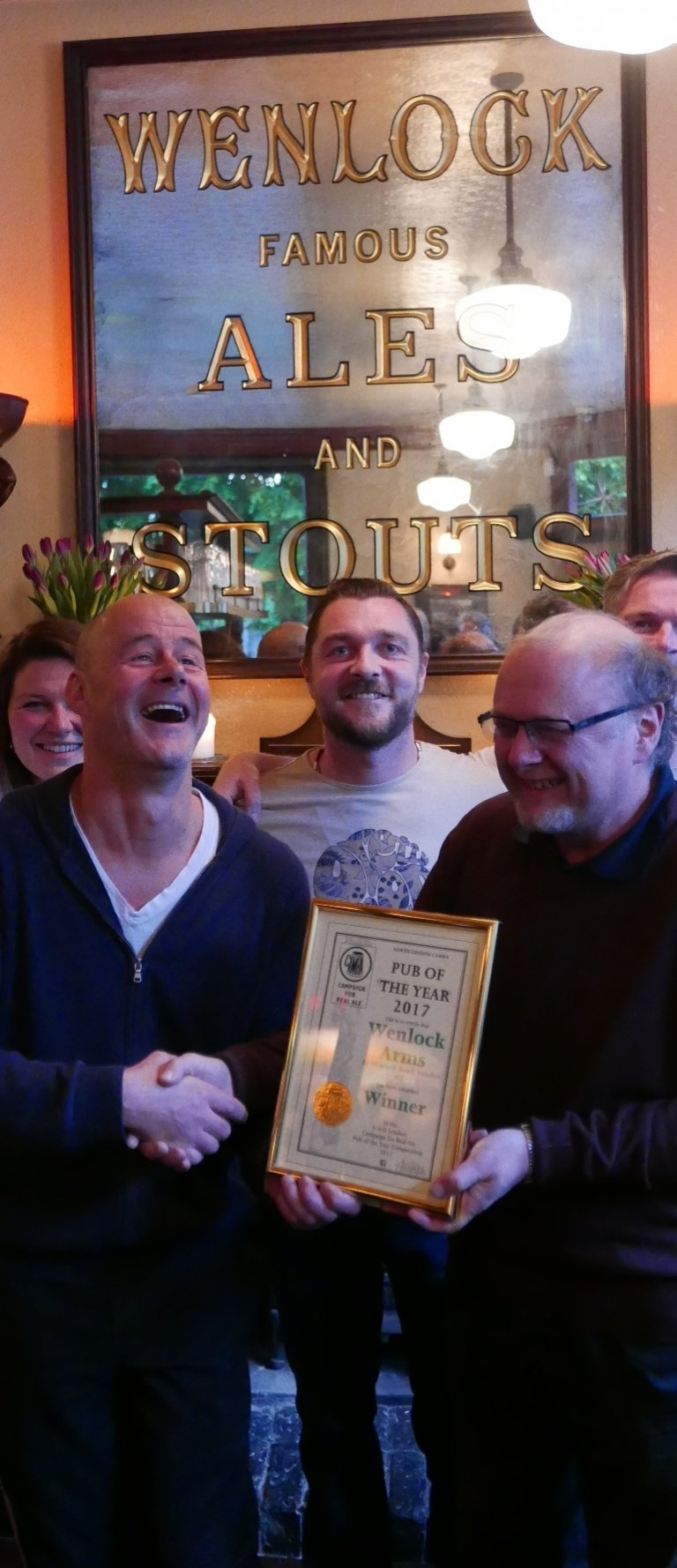Marcus Grant (left) receives the 2017 Pub of the Year Award from Steve Barnes, past licensee and winner himself when he co-owned the pub.