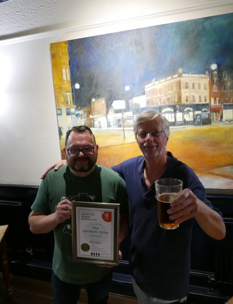 Steve Hall (left) accepts the Summer 2018 Pub of the Season Award from Branch Chairman, John Cryne.
